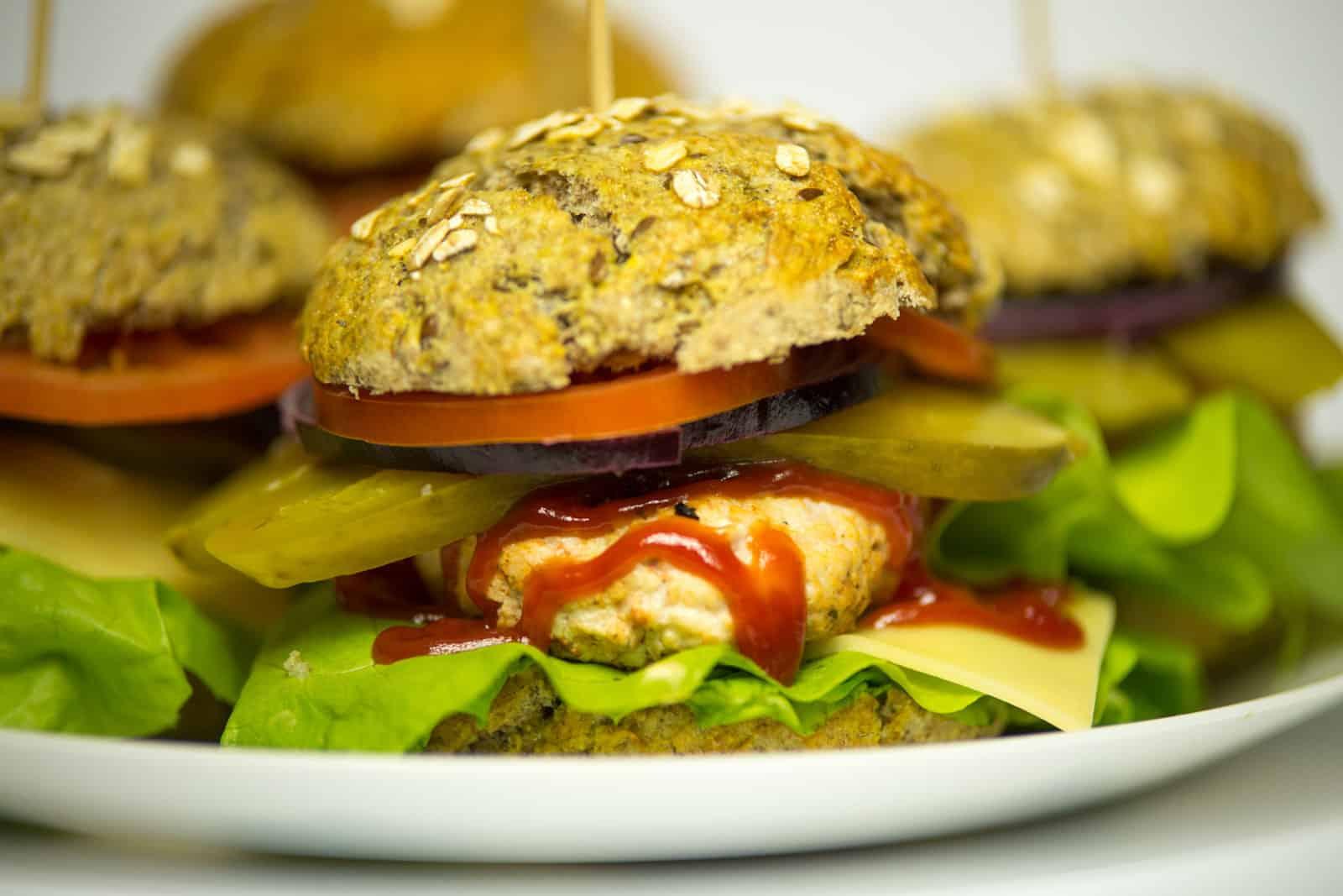 Domowy FAST FOOD – czyli pełnoziarniste burgery!